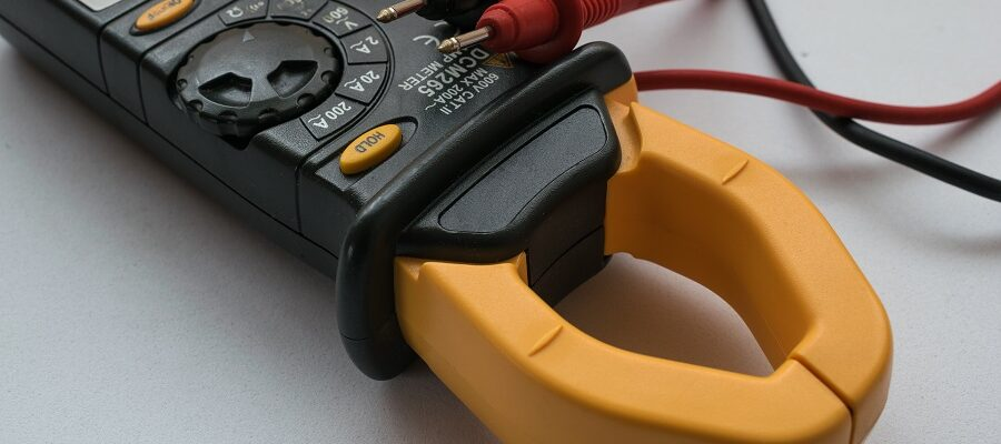 Best Clamp Meters for Electricians